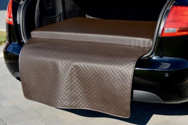 materac samochodowy brązowy